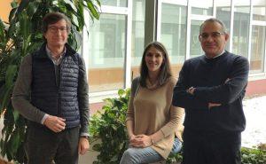 De izd. a dcha. Carlos Junco, Sara Gutiérrez González y Ángel Rodríguez Sáiz.  BURGOS CONECTA.